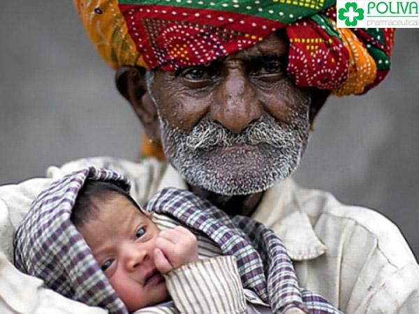 Người lên chức cha nhiều tuổi nhất thế giới.