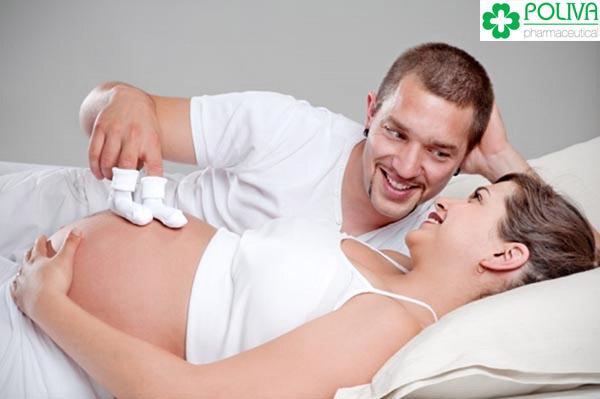 """Nhiều phụ nữ có ham muốn """"yêu"""" nhiều hơn ở 3 tháng giữa thai kỳ."""
