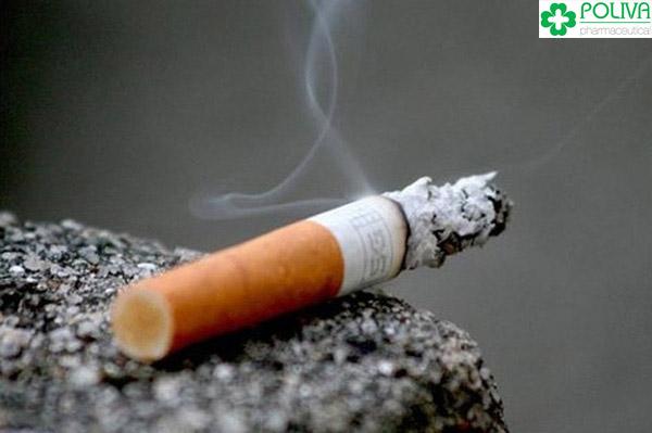 Thuốc lá khiến tuổi thọ tinh trùng suy giảm nhanh chóng.