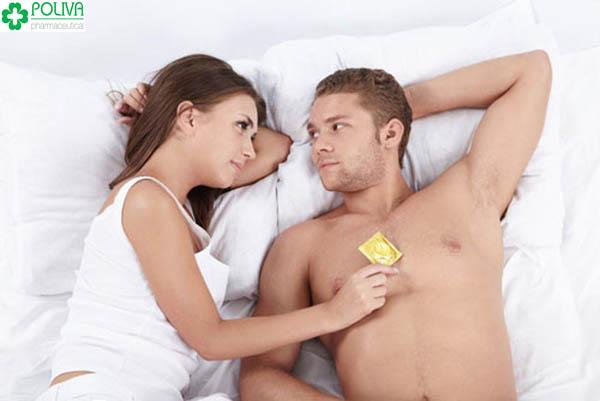 Bí mật ẩn chứa sau cách chọn bao cao su của đàn ông