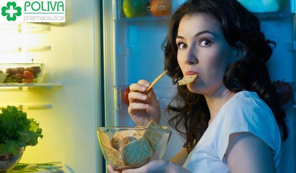 Thối quen ăn vặt quá thường xuyên có thể dẫn đến vô sinh nữ