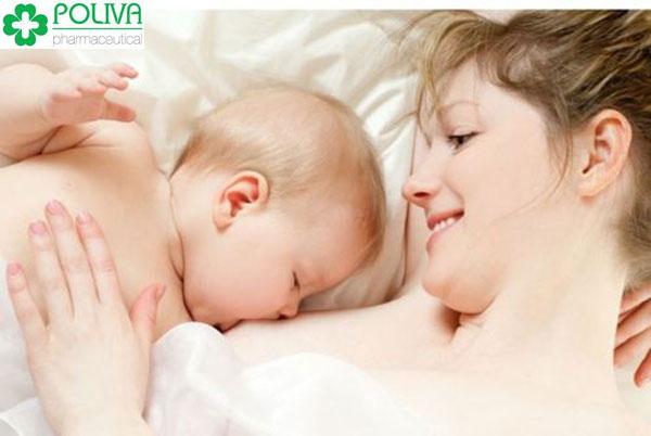 Phụ nữ cho con bú kinh nguyệt sẽ quay lại trong khoảng 6 tháng
