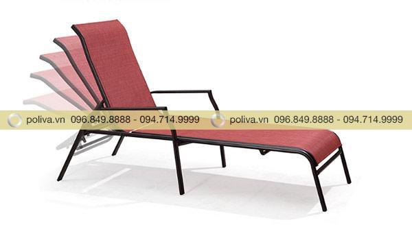 Đầu ghế có thể dịch chuyển nâng lên, hạ xuống dễ dàng