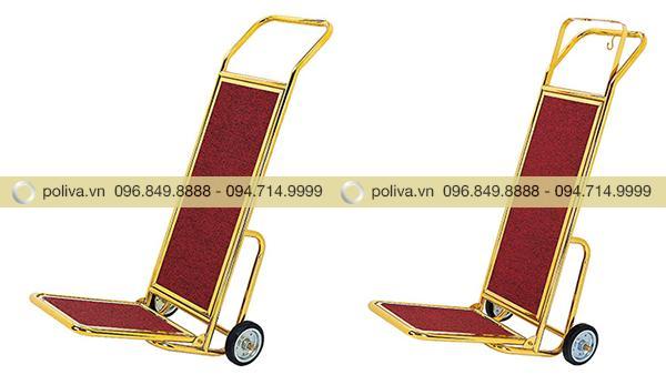 Xe đẩy giúp việc vận chuyển tư trang, đồ dùng của khách được dễ dàng hơn