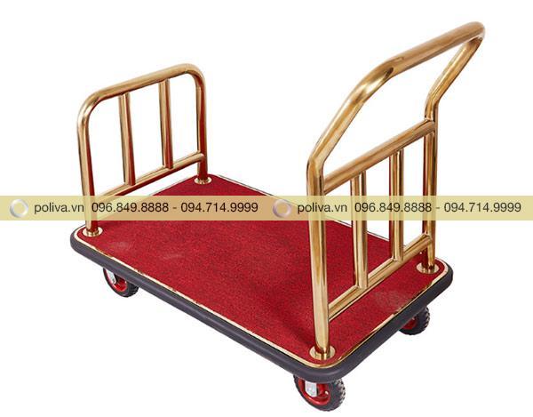 Thảm nhung lót có tác dụng giúp hành lý của khách không bị xây xước, chống va đập