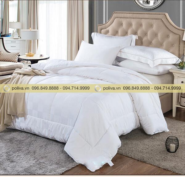 Poliva chuyên cung cấp chăn siêu nhẹ cho các khách sạn, resort với chất lượng cao cấp