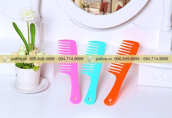 Poliva chuyên cung cấp các loại lược khách sạn, lược chải tóc chất lượng cao