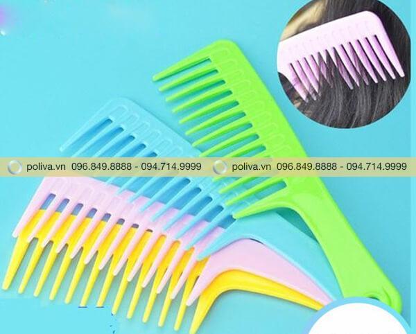Lược chải tóc đa dạng màu sắc