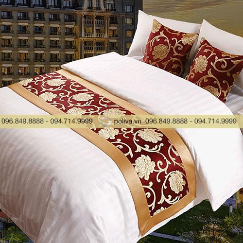 Tấm trải ngang giường khách sạn