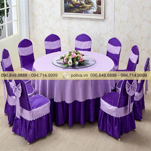 Áo phủ ghế, khăn trải bàn