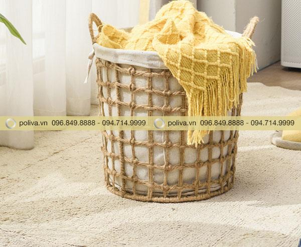 Giỏ đựng đồ thường được sử dụng trong các homestay, khách sạn