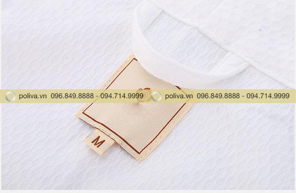 Sản phẩm có màu trắng và đủ size cho khách hàng chọn lựa