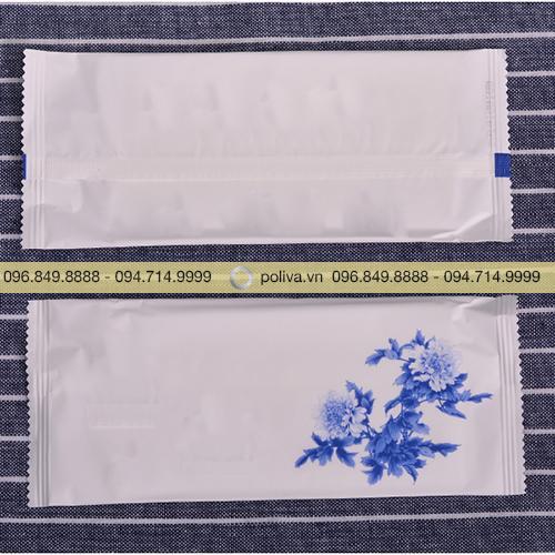 Khăn giấy ướt nhà hàng