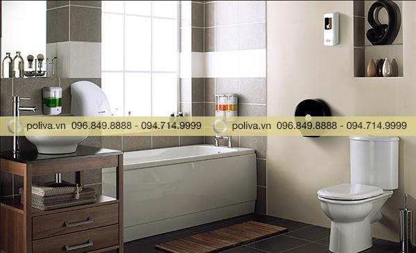 Hộp đựng nước rửa tay với thiết kế nhỏ gọn không gây tốn diện tích của nhà vệ sinh