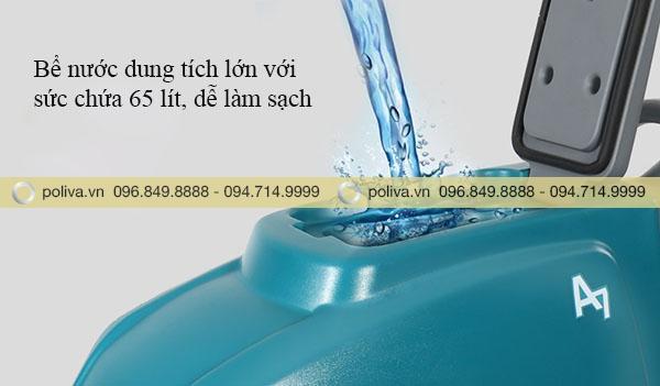 Bể nước được thiết kế với dung tích lớn