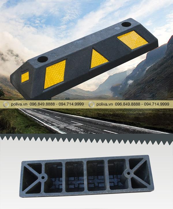 Cao su chặn lùi bánh xe - thiết bị an toàn giao thông chất lượng
