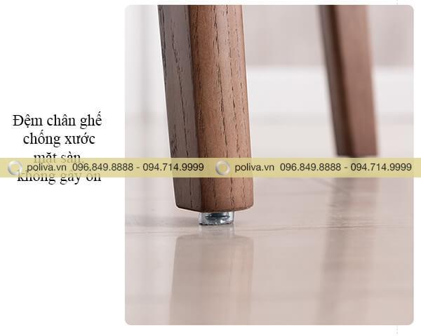 Chân ghế gỗ chắc chắn, đệm chống ồn