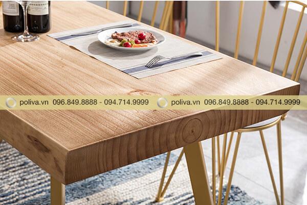 Mặt bàn được mài nhẵn nhụi