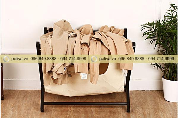 Ngoài chức năng để vali thì khách có thể để các đồ cá nhân khác như quàn áo