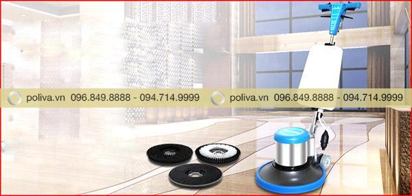 Màu sắc xanh bắt mắt, thiết kế nhỏ gọn tăng tính thẩm mỹ của máy giặt thảm
