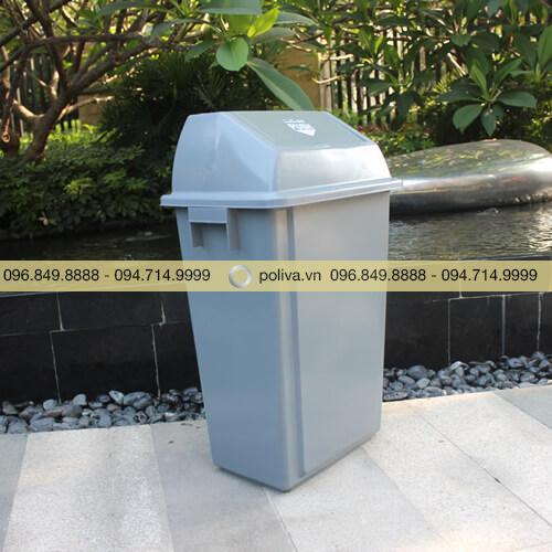 Thùng đựng rác công cộng