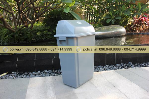 Hình ảnh thực tế của thùng đựng rác công cộng