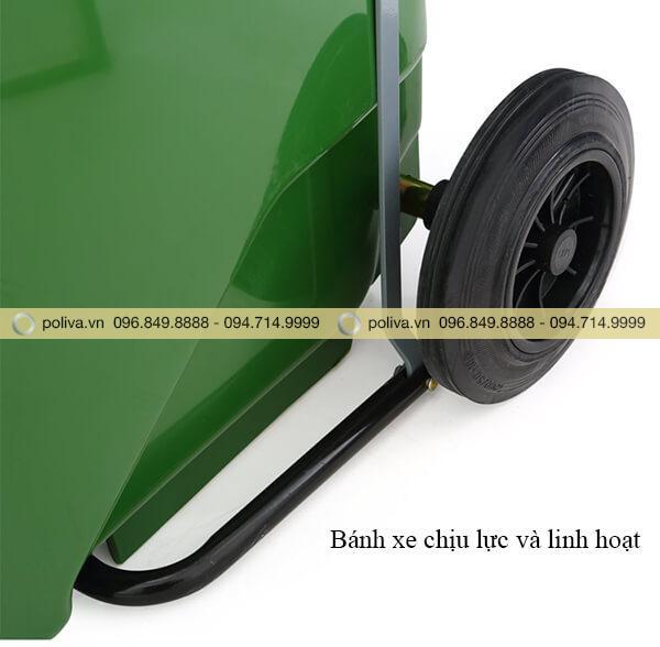 Bánh xe của thùng rác nhựa 120 lít composite dày, hoạt động linh hoạt