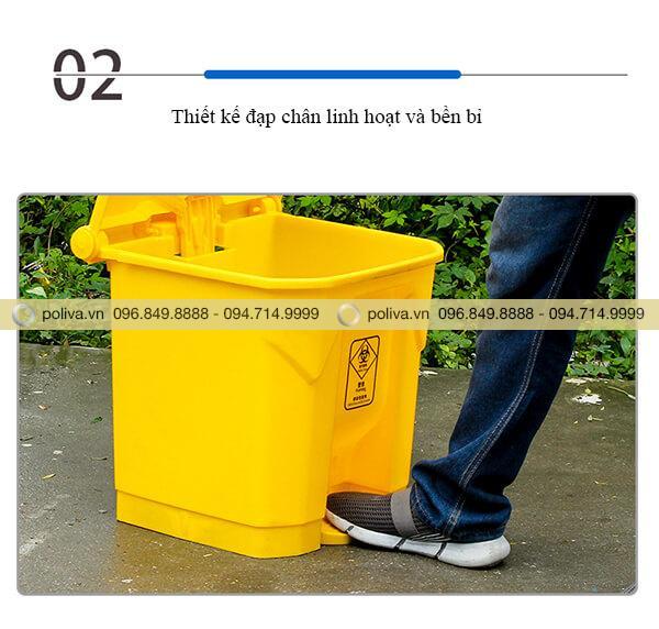 Phương pháp đạp chân mở thùng rác đảm bảo vệ sinh