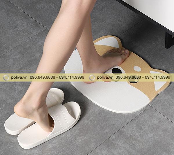 Thảm lau chân nhà tắm được làm từ chất liệu vải bông siêu thấm hút