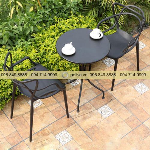 Bộ bàn ghế sân vườn