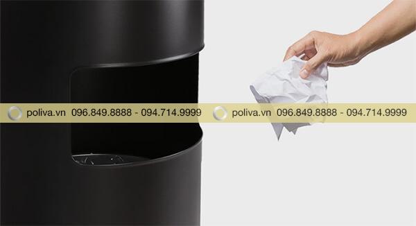 Cửa xả rác phía hông thùng, dễ dàng sử dụng