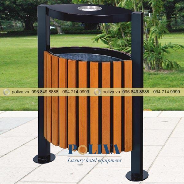 Thùng rác được đặt ở các nơi công cộng như công viên, khu vui chơi, trường học, bệnh viện...