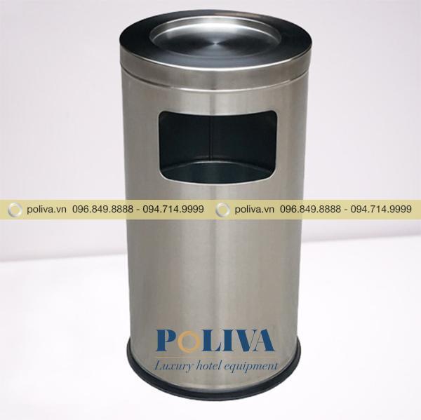 Thùng rác inox có gạt tàn phía trên, cửa xả rác thân thùng