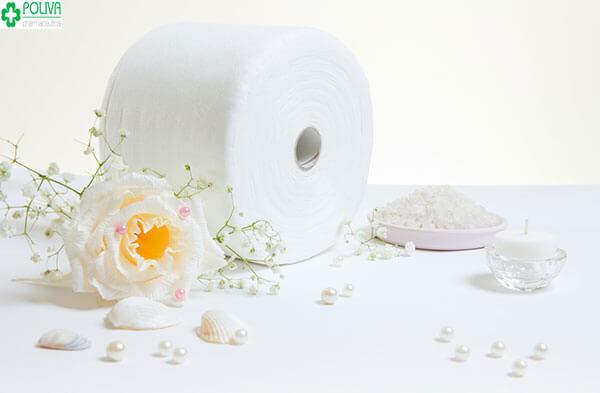 Sử dụng giấy vệ sinh khiến cho vùng kín dễ bị viêm nhiễm