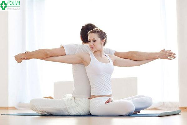 Yoga mang lại cho bạn rất nhiều lợi ích trong đó sức khỏe được cải thiện