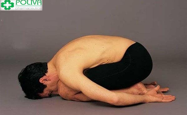 Tư thế yoga bào thai