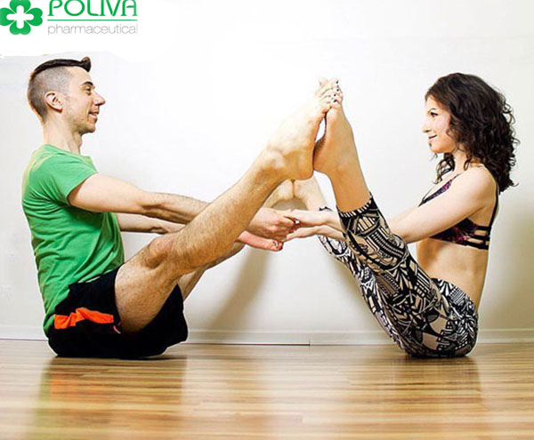 Tư thế Yoga sóng đôi với sự kết hợp của hai phái: nam và nữ giúp hạn chế tình trạng xuất tinh sớm