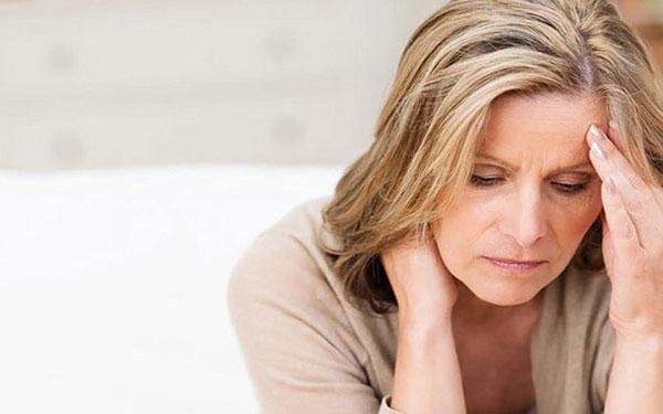 5 rối loạn thường gặp ở phụ nữ giai đoạn tiền mãn kinh là gì?