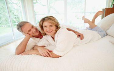 7 suy nghĩ sai lầm về nhu cầu sinh lý của các cặp vợ chồng tuổi ngoài 50