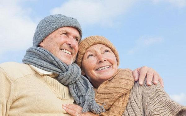 Bí quyết giữ lửa yêu cho các cặp vợ chồng tuổi xế chiều