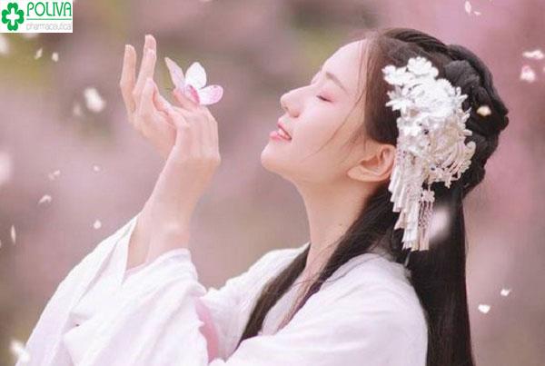 """Phụ nữ xưa dù có đẹp đến đâu vẫn không được coi trọng, nam nhân thường tránh """"gần gũi với phái đẹp trong những ngày trọng đại."""
