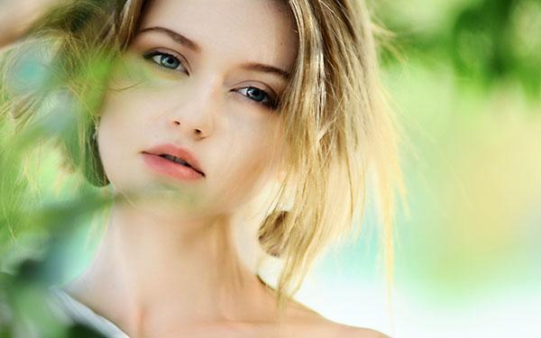Là phụ nữ, bạn phải trải qua 3 giai đoạn biến đổi sinh lý