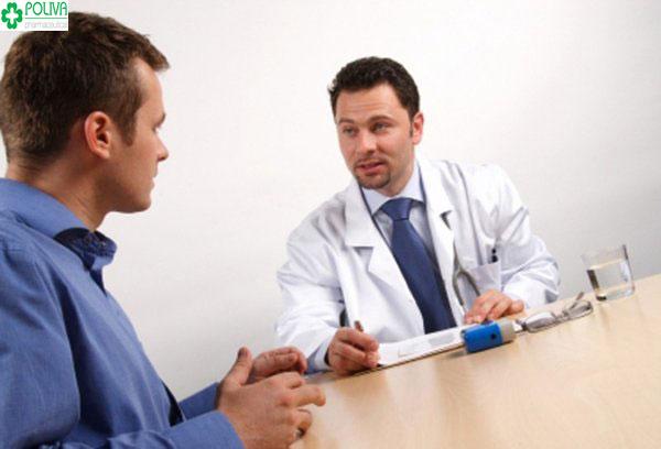 Nếu thấy triệu chứng bất thường, phái mạnh nên đi khám bác sỹ