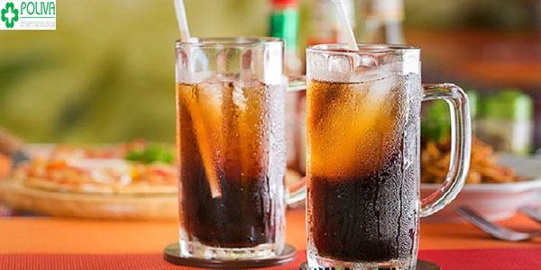 Phái mạnh nên tránh uống quá nhiều đồ uống có gas