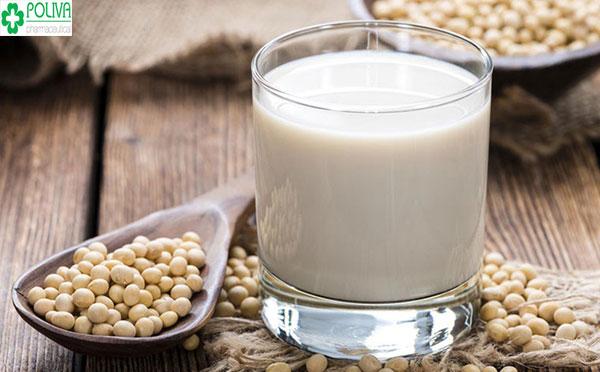 Phái mạnh nên hạn chế sử dụng sữa đậu nành