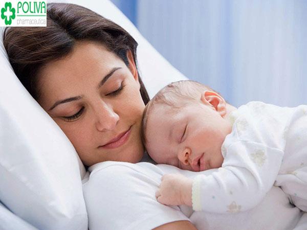"""6 tuần đầu sau sinh phụ nữ mới sinh con cần kiêng khem tuyệt đối chuyện """"chăn gối""""."""