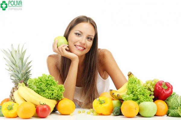 Ăn nhiều trái cây để nạp năng lượng cho ngày đèn đỏ.