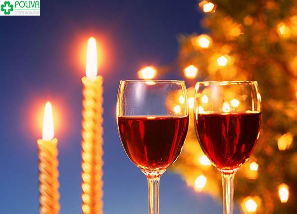 Uống một ly rượu vang sẽ khiến bạn cảm thấy thư thái hơn