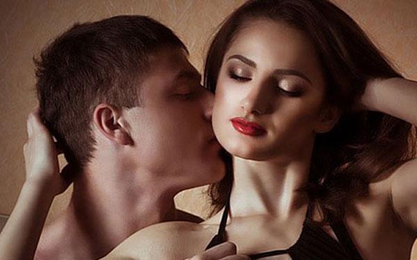 Dấu hiệu nhận biết phụ nữ dễ dãi lẳng lơ, nhu cầu sinh lý cao