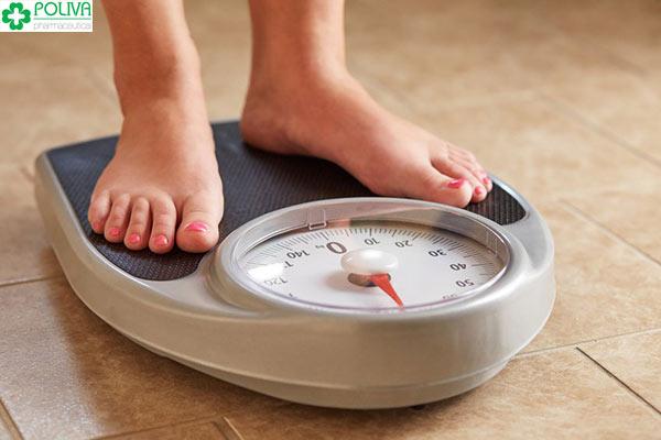 Cân nặng thất thường cũng là dấu hiệu mang thai mà phụ nữ nên biết